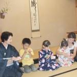 H22.7.21こども茶道教室-blog 007